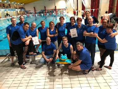 Drachenboot-Indoorcup in Halle
